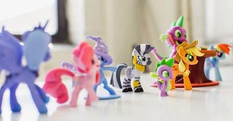 """Hasbro Selling My Little Pony 3-D """"Fan Art"""""""