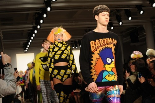 Should the fashions of the 90s stay dead or are you ready for a…