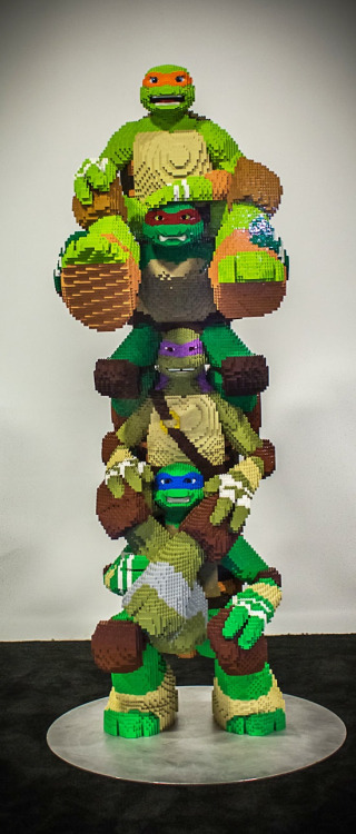 Comic-Con: First-Look at Lego's Life-Size 'Ninja Turtles'…